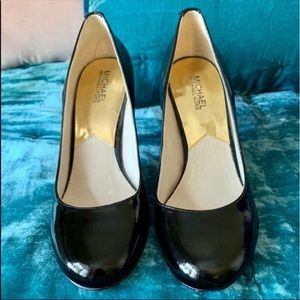 Michael Kors Black Patent Leather H…